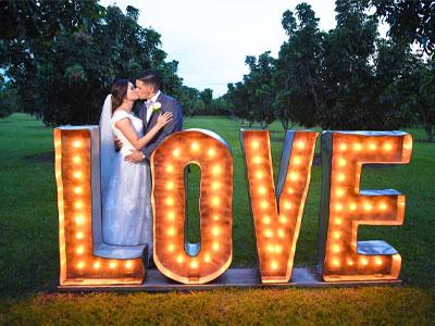 wedding-captured-photographer-400x300